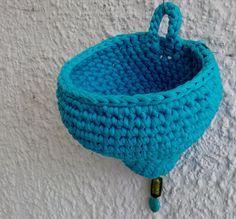 Körbe - henri-s Hänge-Häkelkörbchen! - ein Designerstück von Henriette-Schiefer bei DaWanda