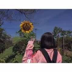 new ideas quotes deep short friends Girl Photo Poses, Girl Photos, Cute Girls, Cool Girl, Cute Korean Girl, Foto Instagram, Girly Pictures, Photos Tumblr, Ulzzang Boy