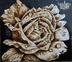 *RosE* *Pirografia su Acero* *Pyrography on Maple Wood*