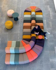 26 ideas apartment patio decor colour for 2019 Funky Furniture, Sofa Furniture, Furniture Design, Big Design, Deco Design, Design Trends, Retro Chic, Commercial Design, Furniture Inspiration
