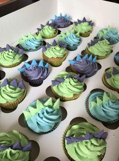 How To Plan an Awesome Dinosaur Birthday Party - This Hustle Wie man eine fantastische Dinosaurier-G