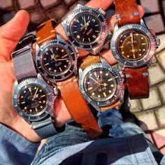 A handful of a few vintage ROLEX 55XX series: early two tones 4 liners 5512; square crown guard 5512; Matt tropical 5513; explorer dial 5513 underline & early gilt 2 liners tropical 5512!   #vintage #vintagerolex #vintagetudor #collectible #rolexpassion #rare #rarerolex #iphone #comex #rolex #timepiece #tudor  #DRSD #submariner #blancpain #rolex6241 #daytona #seadweller #rolex6200 #rolex6538 #rolex1665 #explorerdial #rolex1680 #tropical #paulnewman #lv #louisvuitton #hermes #milgauss…