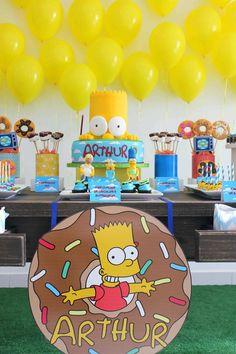 Festa com bom gosto, gosto bom e feita com gosto! Ajudamos você na decoração de mesas de doces e eventos. Spongebob Birthday Party, 11th Birthday, 4th Birthday Parties, Bolo Simpsons, Simpsons Party, Birthday Themes For Boys, Happy B Day, Bart Simpson, Party Time
