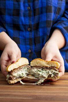 spinach-artichoke-stuffed-burgers