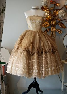 ♥ this vintage dress