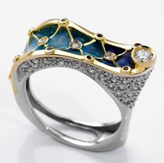 ART NOUVEAU RING : yellow and white gold, 54 diamonds 0,81 ct. and enamels 09MS0006