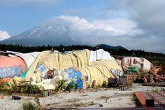 Parque de Los Viajes de Gulliver. Kawaguchi, Japón. 24 lugares abandonados mas asombrosos del mundo.