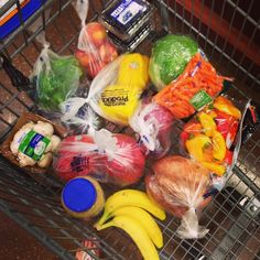 One Month Clean Eating Challenge + Healthy Grocery List Week 1 Clean Recipes, Healthy Recipes, Healthy Foods, Grocery Lists, Grocery Haul, Grocery Store, Anti Oxidant Foods, Clean Eating Challenge, Mommy Workout