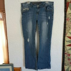 WALLFLOWER Jeans Gently worn jeans,  inseam 32 in.  In Excellent condition. Fray was there when purchased. Wallflower  Jeans Boot Cut