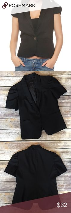 """The Limited Black Short Sleeve Blazer The Limited Black Short Sleeve Blazer. Pic 1 for styling inspiration. Size medium. Measures from pit to pit 19""""/ length 24"""" The Limited Jackets & Coats Blazers"""