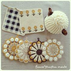Pin on crochet & knit Crochet Coaster Pattern, Crochet Edging Patterns, Crochet Motifs, Crochet Designs, Crochet Ripple, Crochet Dishcloths, Tapestry Crochet, Crochet Yarn, Japanese Crochet