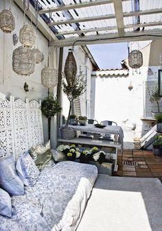 cozy outdoor area