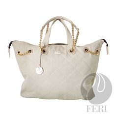 - Oversized faux leather purse - Tip stitched quilting - Gold toned chain and leather shoulder strap with PU leather handles - Full zippered opening - Custom FERI lining with zippered pouch and cellphone pockets - Dimension: x x White Leather, Leather Bag, Posh Products, Selling On Pinterest, Luxury Bags, Luxury Jewelry, Leather Handle, Zipper Pouch, Purse Wallet