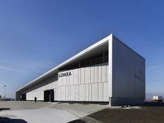Refurbishment and Extension of the Lonja de Vilanova de Arousa  / 2C Arquitectos