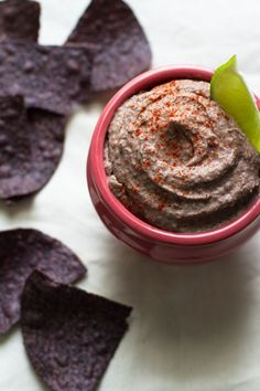 simple black bean dip //edible perspective