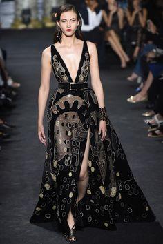 Elie Saab Fall 2016 Couture Fashion Show - Greta Varlese (Elite)