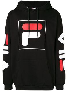 Hooded sweatshirt with FILA logo. Fila Outfit, Hoodie Outfit, Fila Apparel, Champion Clothing, Back To School Outfits, Mens Fashion, Fashion Outfits, Style Fashion, Sweat Shirt