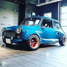 Image may contain: car and outdoor Classic Mini, Mini Cooper Classic, Classic Cars, Mini Cooper S, Mini Cooper Custom, Mini Morris, Automobile, Mini Clubman, Cafe Racer