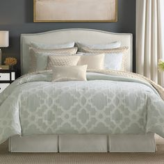 Stunnung #CandiceOlson Cachet #Comforter Set. #iceblue #ivory #beddingstyle #bedding