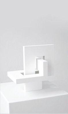 Dagmar Hagemann | 2014 Concept Models Architecture, Paper Architecture, Architecture Design, Abstract Sculpture, Sculpture Art, Architectural Sculpture, Geometric Art, Ceramic Art, Wood Art