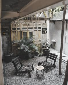 Cafe Interior Design, Cozy Place, Coffee Shops, Tiny House, Minimalism, Places, Furniture, Home, Home Furnishings