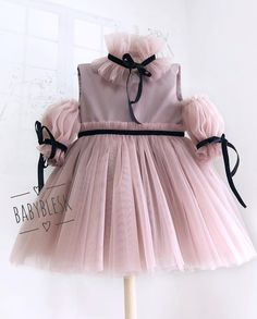 Whatsapp 7728886782 DM for price n details Baby Girl Party Dresses, Little Girl Dresses, Baby Dress, Girls Dresses, Flower Girl Dresses, Kids Dress Wear, Kids Gown, Frocks For Girls, Kids Frocks