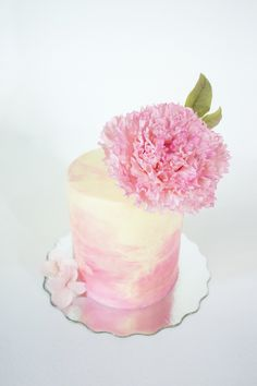 Watercolour buttercream cake with sugar peony by Joni & Cake www.joniandcake.com