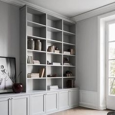 Home Interior Classic Can we just take a moment for this perfect dove grey bookshelf DIVINE via.Home Interior Classic Can we just take a moment for this perfect dove grey bookshelf DIVINE via Grey Bookshelves, Creative Bookshelves, Built In Bookcase, Painted Bookshelves, Bookshelf Wall, Barrister Bookcase, Living Room Shelves, Home Living Room, Living Room Designs