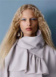 Frederikke Sofie, Adrienne Jüliger by Ben Toms for Vogue China January 2016 3 Pelo Editorial, Beauty Editorial, Editorial Fashion, Crimped Waves, Crimped Hair, Vogue China, Make Up Looks, Beauty Makeup, Hair Makeup
