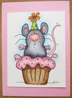 Cupcake Mouse by mamacjt, via Flickr