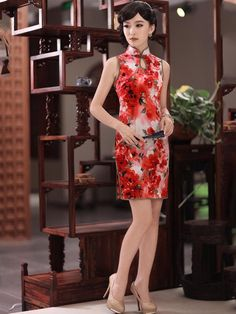 Red Floral Sleeveless Short Silk Qipao / Cheongsam / Chinese Dress