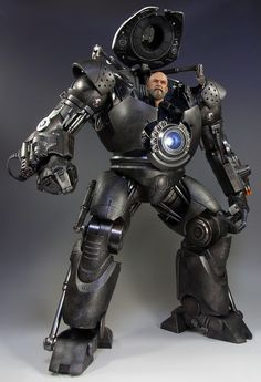 HOT TOYS/Movie Masterpiece - 1/6 Scale Fully Poseable Figure: Iron Man - Iron Monger レビュー/ガムの玩具店 All Iron Man Suits, Mecha Suit, Marvel Comic Character, Suit Of Armor, American Comics, Model Kits, War Machine, Digimon, Marvel Universe