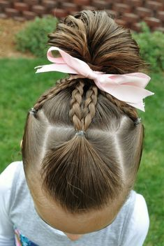 This easy hairstyles for school truly are fabulous! This easy hairstyles for school truly are fabulous! Easy Little Girl Hairstyles, Girls Hairdos, Baby Girl Hairstyles, Princess Hairstyles, Pretty Hairstyles, Braided Hairstyles, Teenage Hairstyles, Black Hairstyles, Girl Haircuts