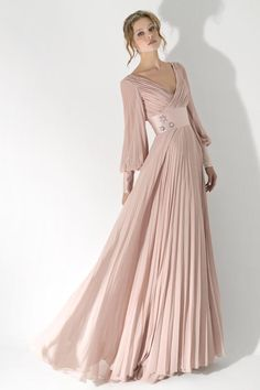 Light pink plus size dress plus size wedding dresses with sleeves summer beach modest v neck Pink Plus Size Dresses, Evening Dresses Plus Size, Wedding Dresses Plus Size, Formal Evening Dresses, Grad Dresses Short, Modest Dresses, Elegant Dresses, Nice Dresses, Dresses With Sleeves