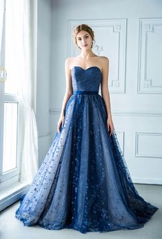 Head over heels in love with every detail of this navy blue gown presented by Digio Bridal! Ball Dresses, Bridal Dresses, Ball Gowns, Prom Dresses, Sweet 16 Dresses, Pretty Dresses, Navy Blue Gown, Fairytale Fashion, Marine Uniform