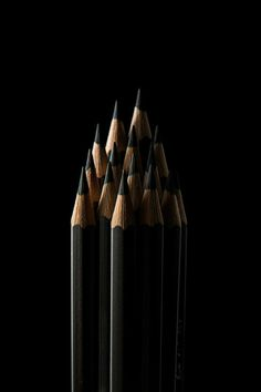 Black-Noir-Zwart-Nero-Negro – White and Black Wallpaper Black N White, Black Love, Black Is Beautiful, Color Black, Matte Black, Lumiere Photo, Foto Still, Fotografia Macro, Aesthetic Colors