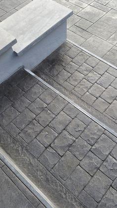 #stampedconcrete #pavimento #béton #imprimé #outdoor #exteriordesign #concrete #cemento #stampato #floor #sol #imprimé #gradini #steps #escalier  www.isoplam.it