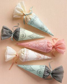 Nice idea for hen do good… Favor Cones Template – Martha Stewart Weddings Favors. Nice idea for hen do goodie bag Martha Stewart Weddings, Diy Wedding Favors, Wedding Crafts, Wedding Ideas, Trendy Wedding, Indian Wedding Favors, Wedding Decorations, Wedding Photos, Wedding Boxes