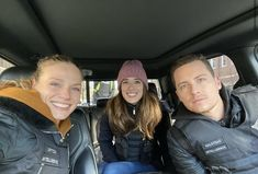 Tracy Spiridakos / Marina Squerciati / Jesse Lee Soffer Marina Squerciati, Tracy Spiridakos, Nbc Chicago Pd, Jay Halstead, I Meet You, Sophia Bush, North Face Backpack, Have A Great Day, Adidas Jacket