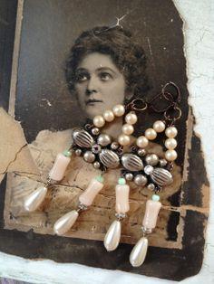upcycled pearl earrings www.facebook.com/vintagesue