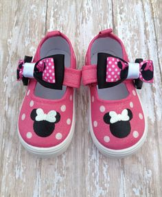 Pink Minnie Mouse Shoes by BeaucoupBoutique on Etsy, $24.00