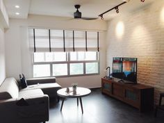 HDB interiors — Singaporean homes. http://www.renotalk.com/forum/topic/62163-our-first-home-by-k/