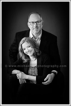 Anniversary Couples Portrait Photography by Michael Carr Photography #michaelcarrphotography #houston #houstonphotographer #couplesportraits #couplesphotography #couplesession #coupleideas #couplePoses #coupleoutfits #couples #coupleshoot #anniversaryportrait #studio #familyportrait #familyphotography #posing #indoor