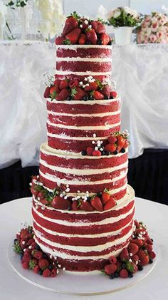 Cake Inspiration: Red velvet naked cake, without the fruit or flowers. Naked Wedding Cake, Red Velvet Wedding Cake, Red Wedding Cakes, Wedding Cupcakes, Strawberry Wedding Cakes, Wedding Desserts, Pretty Cakes, Beautiful Cakes, Amazing Cakes