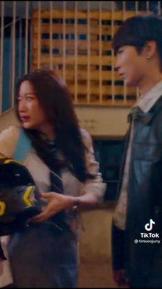 Drama True Beauty (Webtoon The Secret of Angel) #Truebeauty #Thesecretofangel #Jukyung #Hanseojun #Seojun Beauty First, True Beauty, Korean Celebrities, Korean Actors, Pop Crush, Kdrama Memes, Aesthetic Movies, Cha Eun Woo, Korean Drama