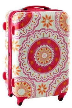 Such pretty luggage!!!   http://rstyle.me/n/ixm89nyg6