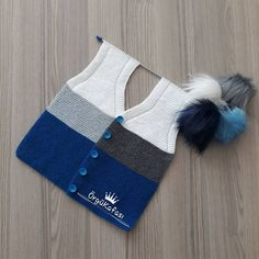 Best 11 loyda garciaola's media content and analytics – SkillOfKing. Crochet Baby Jacket, Crochet Blouse, Knit Vest, Baby Knitting Patterns, Knitting Stitches, Kids Ethnic Wear, Baby Coat, Sweater Design, Baby Sweaters