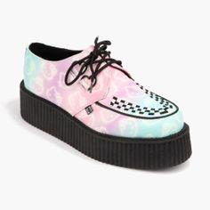Zapatos-Tuk-Hello-Kitty-3