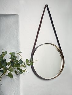 Enhance the light and space in your rooms with the range of wall mirrors, hanging mirrors, table mirrors and full length mirrors from Cox & Cox. Mirrors For Sale, Round Mirrors, Beach House Kitchens, Gold Interior, Metal Mirror, Hanging Pictures, Elegant Homes, Dream Decor