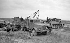 Repairing of Tiger I № 141 from 501st schwere Panzer Abteilung in a field workshop. Tunisa 1942/43